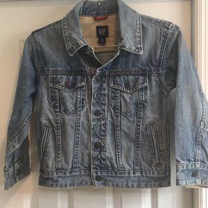 GAP Kids Jean Jacket Size S (6/7)